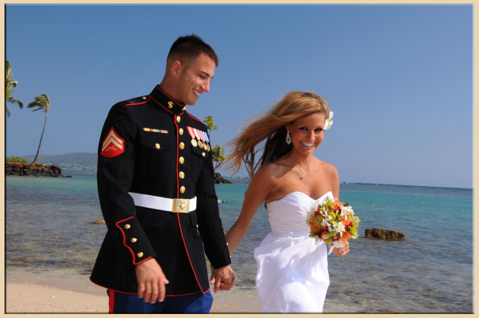 Deluxe hawaii weddings bridal dream wedding company deluxe beach weddings junglespirit Images