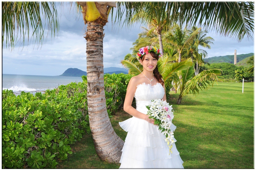 Pretty Bride at Paradise Cove