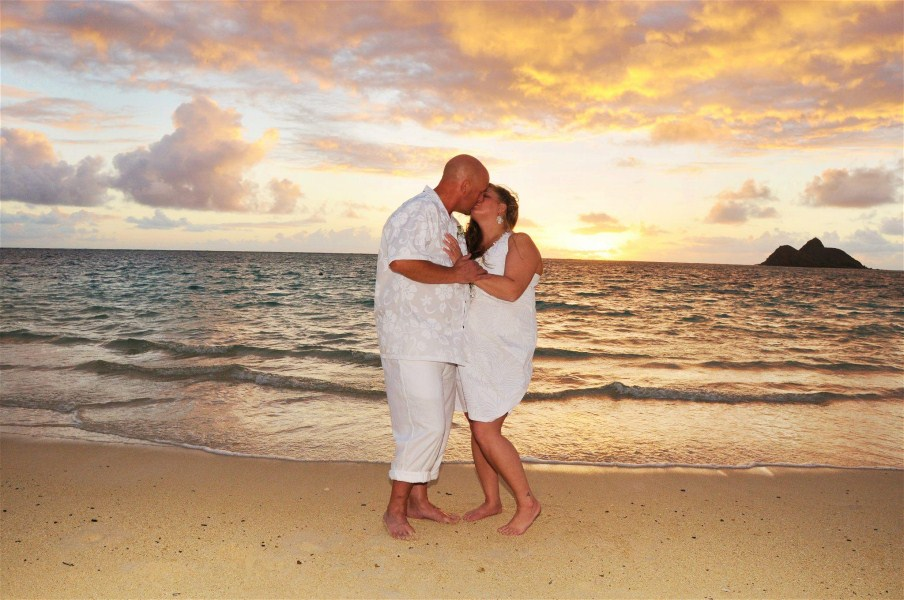 sunrise weddings on the beach by bridal dream hawaii